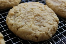 Coconut Cookie | Recipe on www.bxtchesbeblogging.com